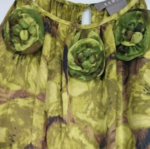 Kenar Tops - Kenar green 100% silk floral top size L